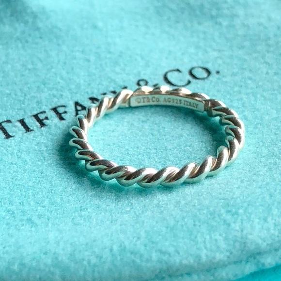 47f27287ee2d Tiffany   Co. Twist Ring Size 6